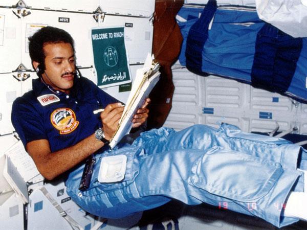 Cerita Anak Raja Salman Jadi Astronot Muslim Pertama yang Berpuasa di Luar Angkasa