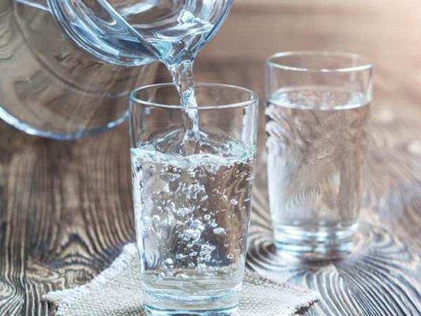 Minum Air Putih Terlalu Banyak Sebabkan Keracunan, Kok Bisa ?