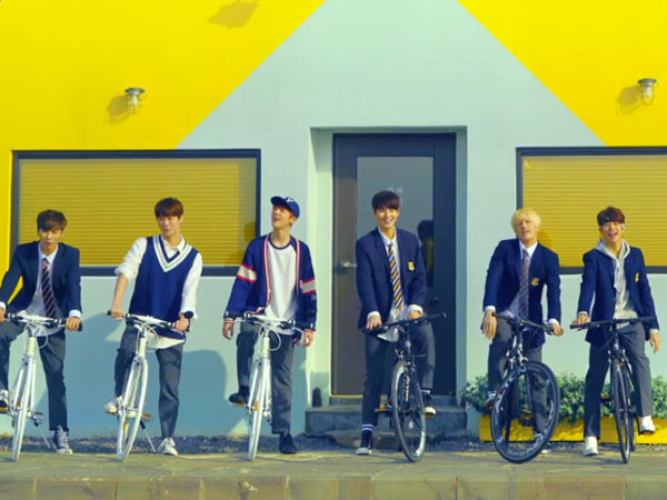 Kenakan Seragam Sekolah, ASTRO Hadirkan Suasana Jiwa Muda Di Teaser MV Kedua