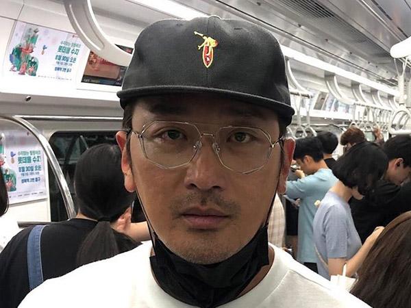 Ha Jung Woo Bikin Heboh Naik Subway Usai Gelar Acara Jumpa Fans