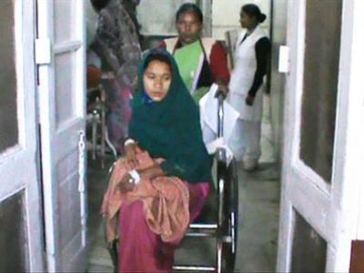 Duh, Wanita India Keguguran 10 Bayi Dalam Semalam