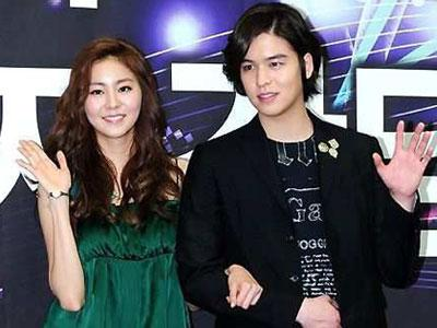 Uee After School & Lee Jang Woo Ucapkan Selamat Tinggal Pada Music Bank