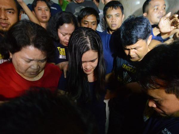 Diperiksa Lebih dari 12 Jam, Jessica Akhirnya Resmi Ditahan Polisi