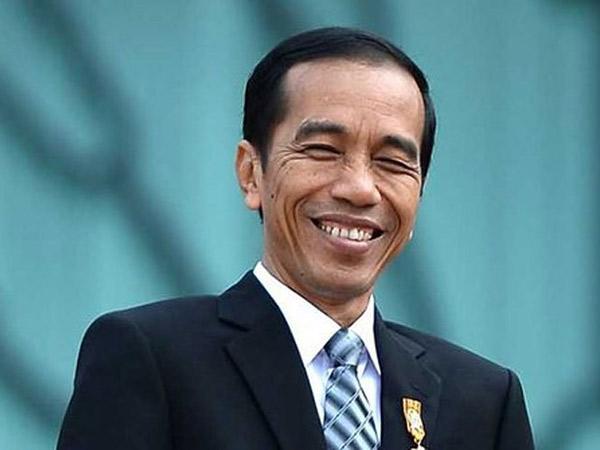 Alasan Khusus nan Inspiratif Jokowi Punya Hobi Baca Komik Doraemon