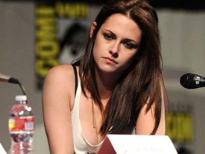 Kristen Stewart Akan Bermain di Film Komedi Erotik