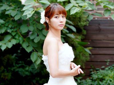 Lee Min Jung Nampak Sangat Tenang Hadapi Pernikahannya dengan Lee Byung Hun