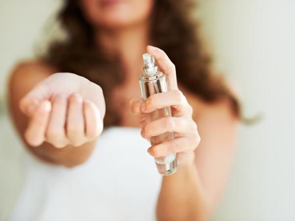 Untuk Mengenang, Seorang Istri Buat Parfum Aroma Suaminya yang Meninggal!