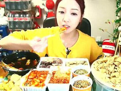 Wanita Makan Banyak Sedang Tren di Korea Selatan!