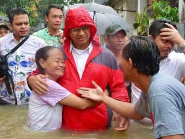 Jakarta Banjir Lagi, Anies: Solusinya Bukan dari Gubernur Saja