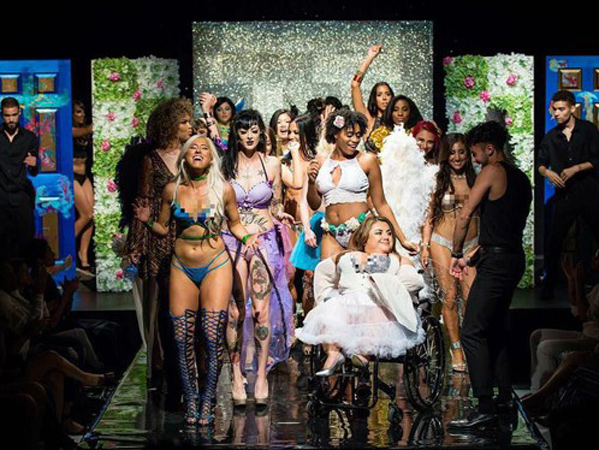 Fashion Show 'Anti' Victoria's Secret yang Unik Nan Inspiratif