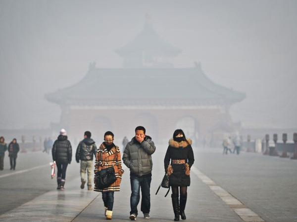 Mirip Indonesia, Beijing Juga Alami Bencana Asap Terburuk Tahun Ini