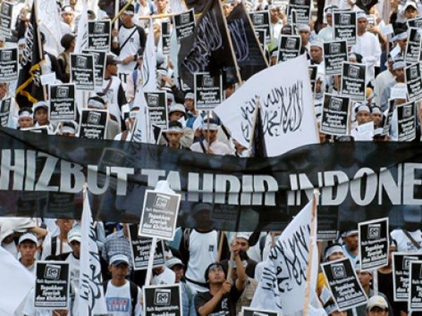 Resmi Dibubarkan, Pemerintah Cabut Badan Hukum Hizbut Tahrir Indonesia