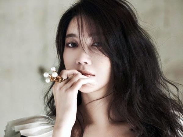Wah, Aktris Korea Ini Debut Jadi Penulis Naskah Film Hollywood!