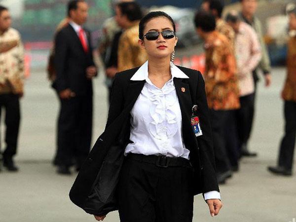 Penampakan dan Curhat Paspampres Wanita yang Viral, 'Jokowi's Angels'