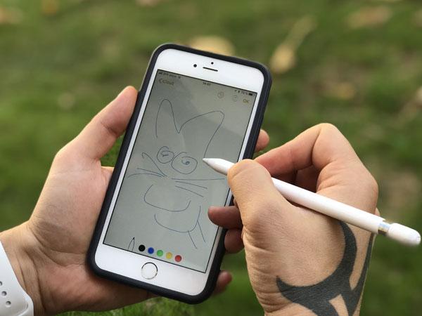 Dua Tahun Lagi, Apple akan Lengkapi iPhone dengan Pena Digital