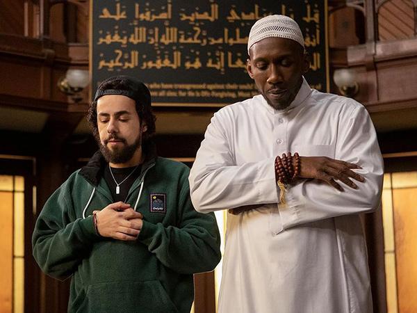Dua Aktor Muslim Masuk Nominasi Emmy Awards 2020, Ini Daftar Lengkapnya