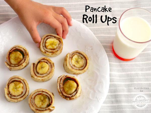 Mau Cemilan Sehat di Akhir Pekan? Yuk, Bikin Pancake Roll Ups Coklat Pisang!