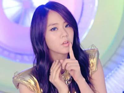 Seungyeon Kara Nasehati Fans yang Kurang Ajar