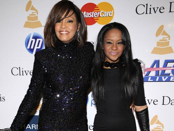 Alat Bantu Medis Putri Mendiang Whitney Houston Akan Dilepas Tepat Tiga Tahun Kematian Sang Ibu?
