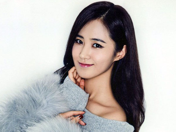 Semakin Sibuk di 2015, Yuri SNSD Dikonfirmasi Bintangi 'The Star Has Two Jobs'