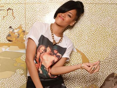 Wow, Rihanna Miliki Penonton Terbanyak di YouTube!