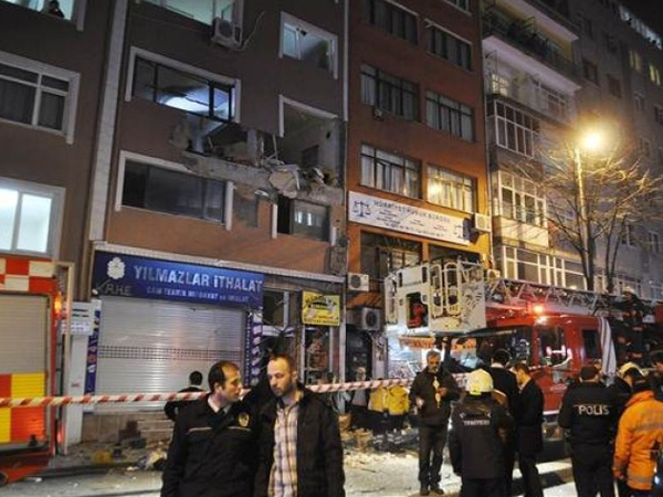 Bom Meledak Di Depan Kantor Majalah Pendukung ISIS Turki, 1 Orang Tewas