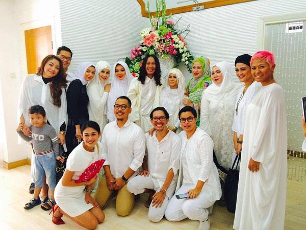 Diam-diam Pelawak Aming Langsungkan Pernikahan di Bandung Hari Ini