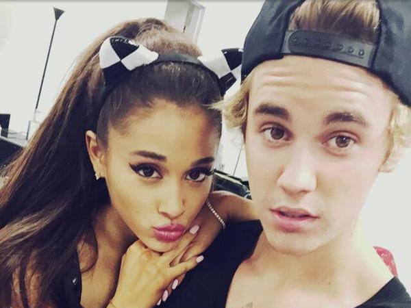 Dipaksa Tampil Mendadak Bareng Ariana Grande, Justin Bieber Lupa Lirik!