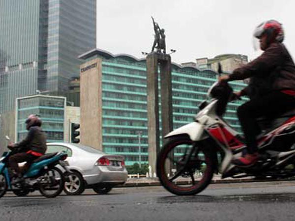 Polisi Akan Mulai Tilang Pengendara Sepeda Motor yang Lewati Thamrin