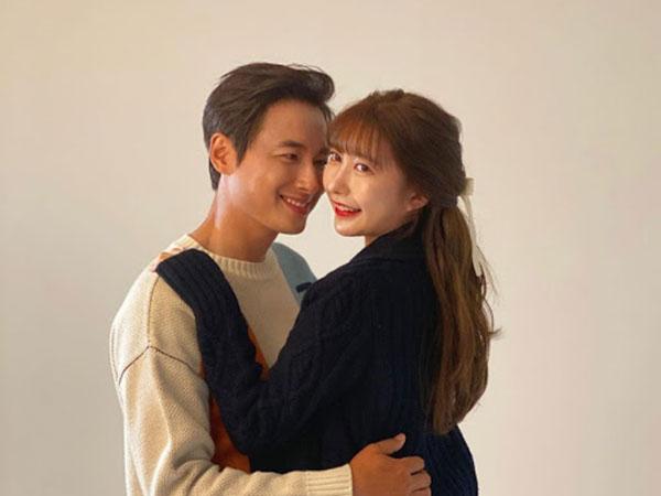 Kisah Cinta Lee Ji Hoon Nikahi Penggemar yang Belum Lama Dikenal, Fangirl Goals