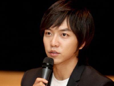 Lee Seung Gi Gugup Saat Akting Bersama Aktor & Aktris yang Lebih Muda