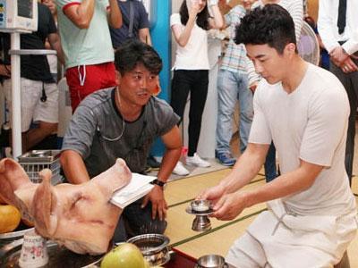 Kwon Sang Woo, Minho SHINee dan Pemain 'Medical Top Team' Berdoa Untuk Kesuksesan Dramanya