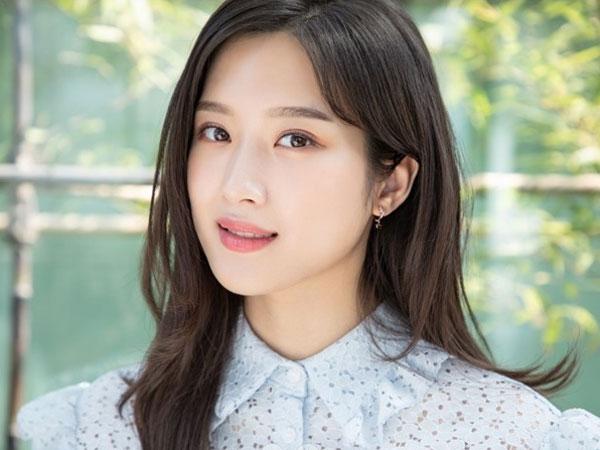 Moon Ga Young Perbarui Kontrak dengan KeyEast