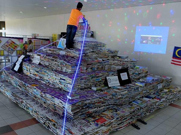 Buat Piramida dari 70 Ribu Buku, Malaysia Pecahkan Rekor Dunia