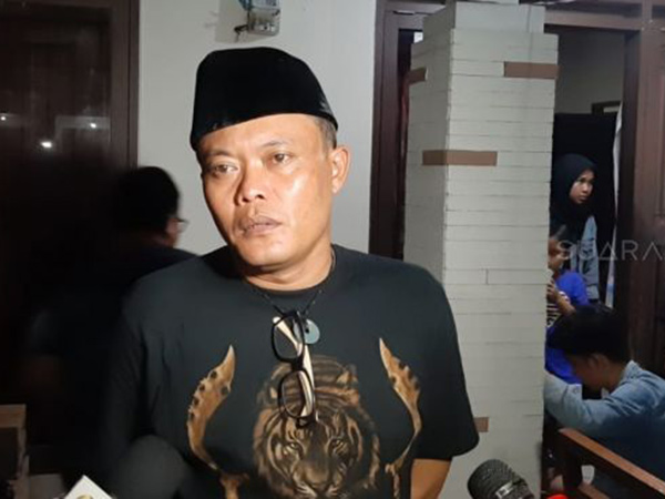 Sosok Fany Kurniawaty, Pramugari yang Disebut Calon Istri Sule