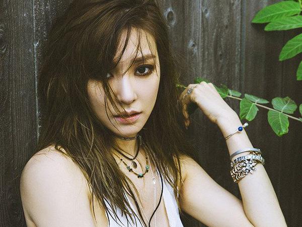 Momen Manis Hingga Pengkhianatan Dialami Tiffany SNSD di Video Musik 'Heartbreak Hotel'