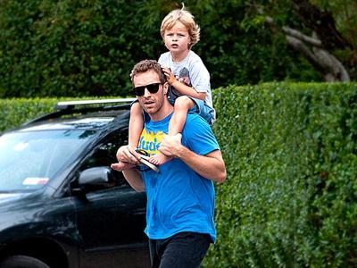Chris Martin Anggap Opini Anak-Anaknya Sangat Penting untuk Musiknya