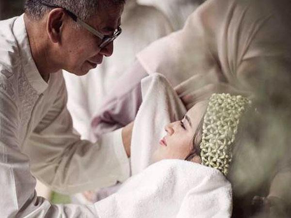 Pesan Menyentuh Sang Ayah di Hari Pernikahan Raisa dan Hamish Bikin Haru