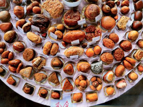 Wow, Makanan Enak Ini Terbuat dari Batu!