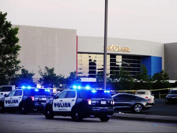 Penembakan Membabi Buta Terjadi Di Bioskop Amerika Serikat, Pelaku Bunuh Diri