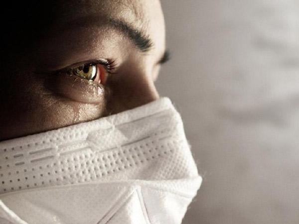 Air Mata Bisa Jadi Sarana Penularan Virus Corona?