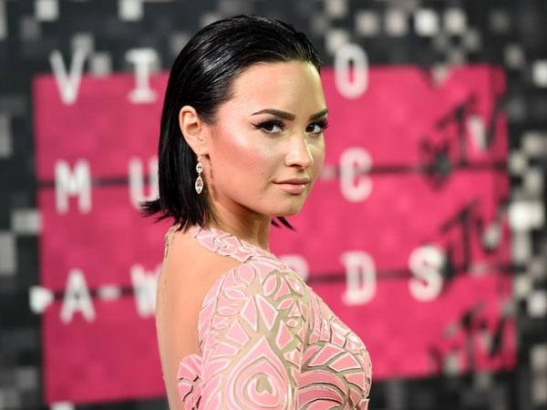 Ini Cara Demi Lovato Mengatasi Stres dan Depresi