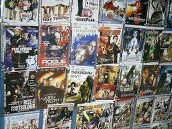 Usai Digrebek, Pabrik DVD Bajakan Glodok Tutup Satu Pekan