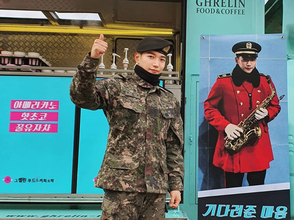 Dijemput Nichkhun, Jun.K 2PM Resmi Bebas Wajib Militer