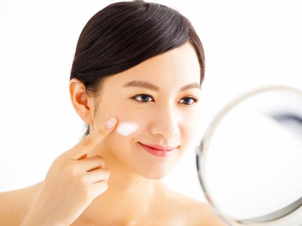 Kebiasaan Pagi Hari Ini Bisa Jadi Kesalahan dalam Mengaplikasikan Skin Care