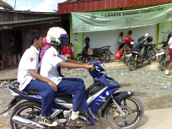 Ingin Kurangi Macet, Pemerintah Akan Larang Pelajar Bawa Kendaraan ke Sekolah