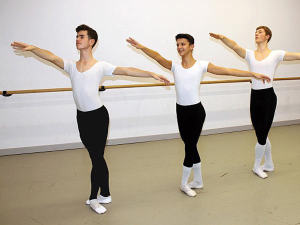 Jadi Wadah Pengembangan Bakat, Pria Ini Dirikan Sekolah Balet Khusus Pria