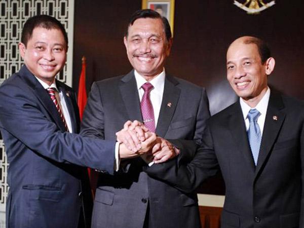Dipenuhi Pejabat, Acara Sertijab Menteri ESDM Diwarnai Canda Beruntun