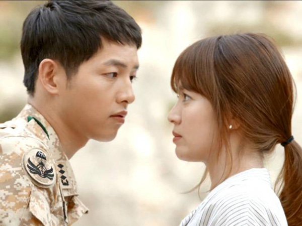Ini Kesan Song Hye Kyo Akting Bareng Song Joong Ki di 'Descendants of the Sun'