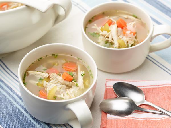 Selain Menghangatkan, Ini Manfaat Konsumsi Sup Ayam Saat Musim Hujan